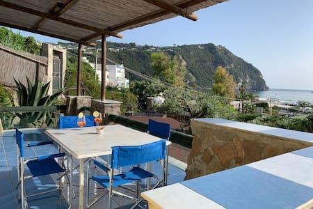 Forio-Casa con piscina 100m dal mare/500m Poseidon