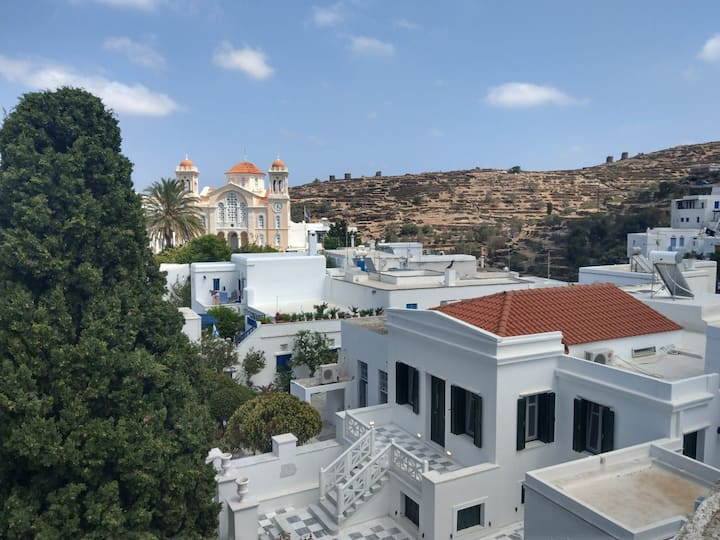 Quaint Pyrgos house with a fantastic village view