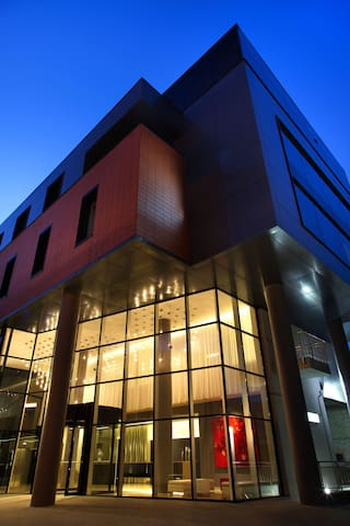 Отель 4 Elements Hotel