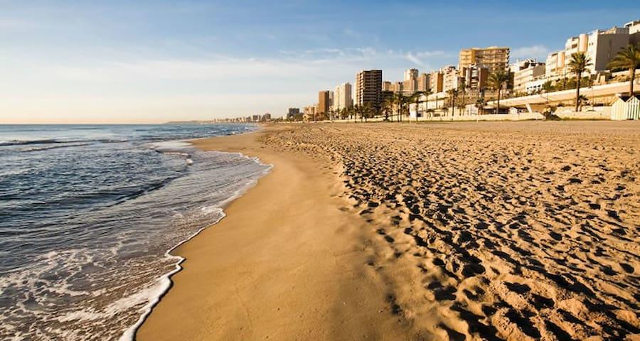 Ch.CampelloPlaya.Alicante