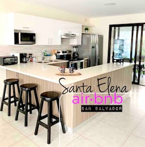 """Casa Santa Elena"" Very Exclusive Wifi•AC•HD•Gated"