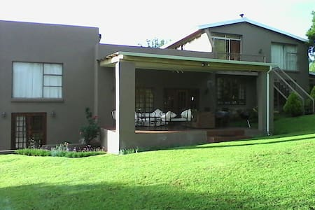 Avante Self-catering, for groups. - Clarens