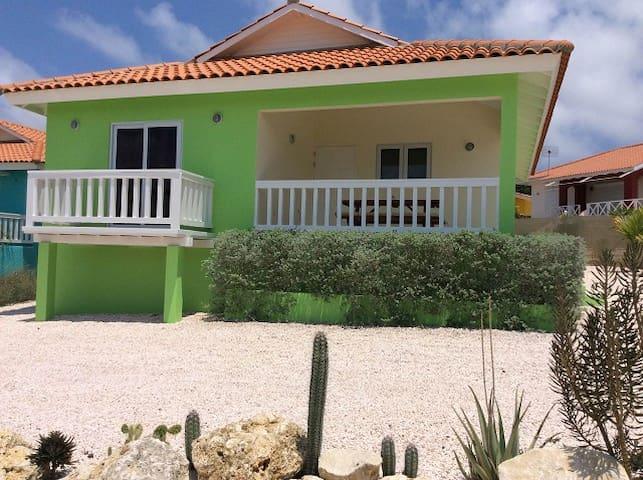 CAS IGUANA Ferienhaus mit Pool - Bisento