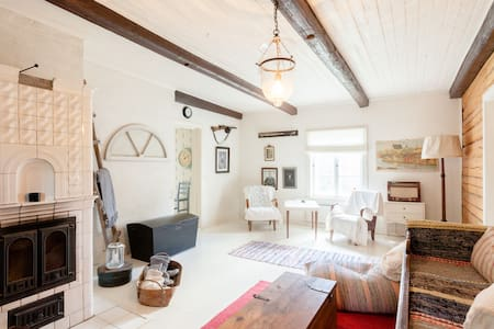 Easy and cozy living in historical house - Porvoo - House
