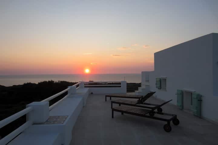 Punta delle Oche - White sea Studio