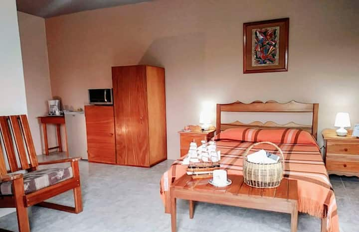 Spacious Studio, 5 min. from Xunantunich!