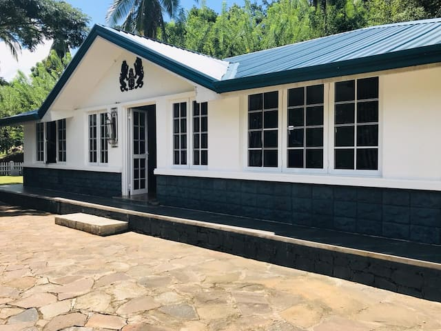The Ross Lodges Estate Bungalow  Matale