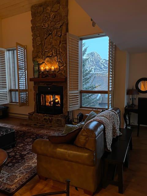Twilight Peaks, Rare Luxury Condo in the Mountains