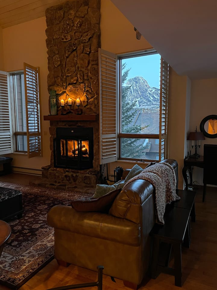 Twilight Peaks, Rare Luxury Condo in the Mountains