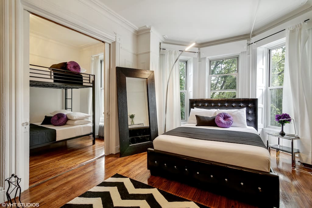 Queen Bed Within Living Room