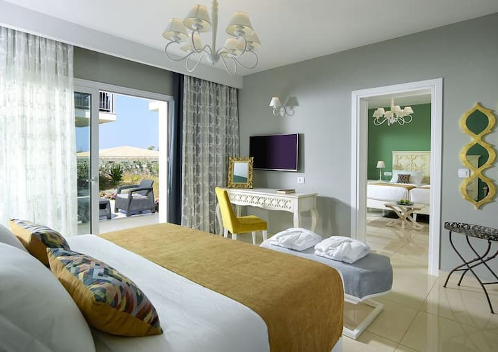 R226 Deluxe Family Room Garden View Special Half Board  Offer