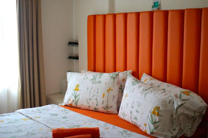 1BR Orange Marmalade - South Jakarta + Large POOL