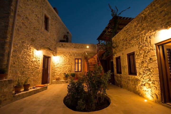 Arismari Houses - Levanda - Pompia - Dům