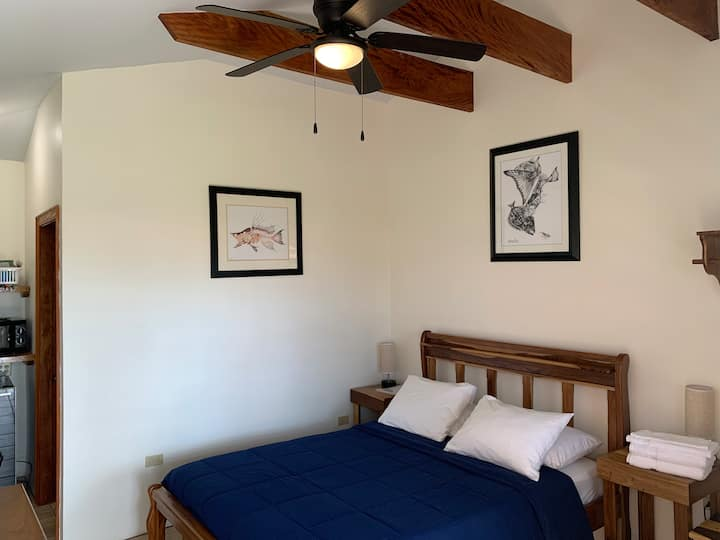 Hogfish Room at All Seasons Guest House