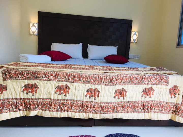 THE HIGH VILL HOME STAY