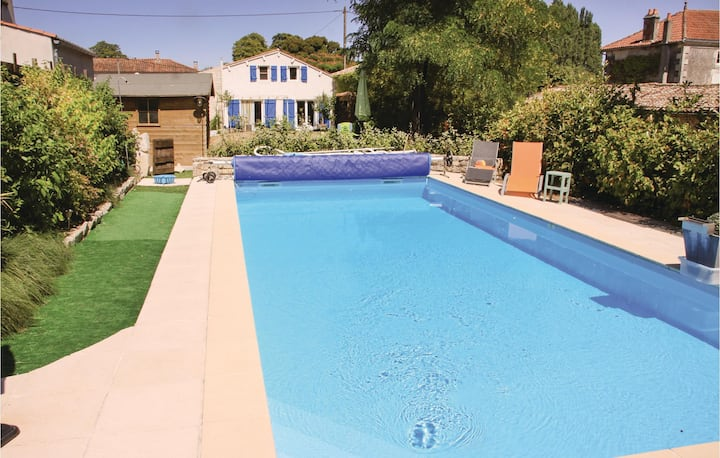 Nice home in Fontenille St.Martin with 1 Bedrooms