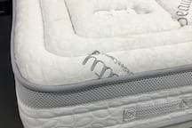 APRIL 2017 NEW HIGH COMFORTABLE BED/MATTRESS 135x190cm in the room