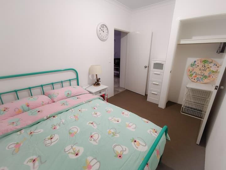 Clean & Tidy Bedroom #2