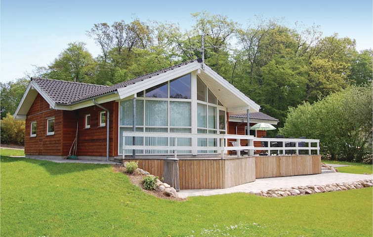 Holiday cottage with 4 bedrooms on 100m² in Haderslev