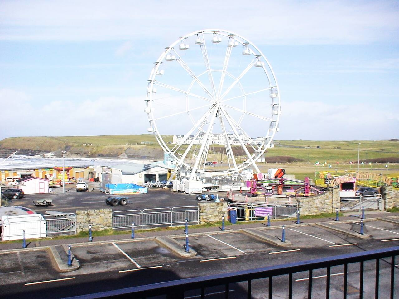 View from balcony Bundroan Beach's Peak and Outdoor amusements and fair ground