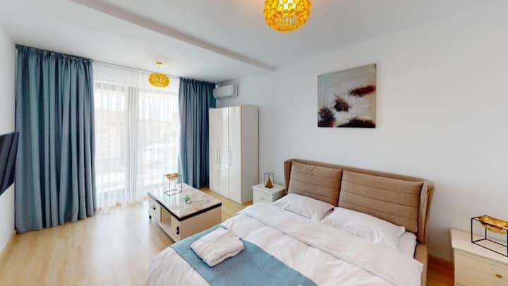 Cozy Suites - free wi-fi&parking 24h reception