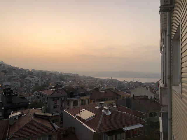 Apartment with City & Bosphorus View