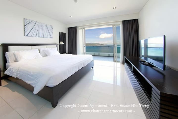 Master bedroom with seaview and big balcony
