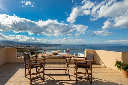 Amazing view from a modern loft - Chania