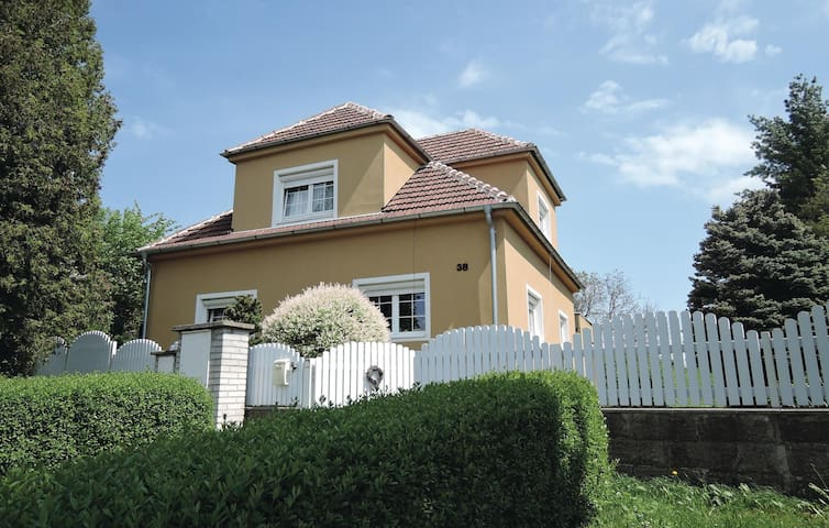 Holiday apartment with 2 bedrooms on 60 m² in Kostelni Hlavno