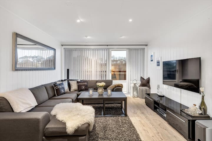 Koselig og nyoppusset leilighet ved sentrum - Kristiansund - Wohnung