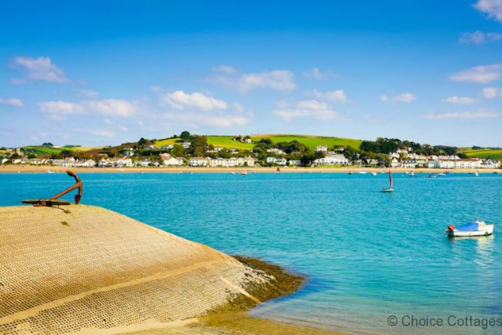 Looking over to Instow from Appledore