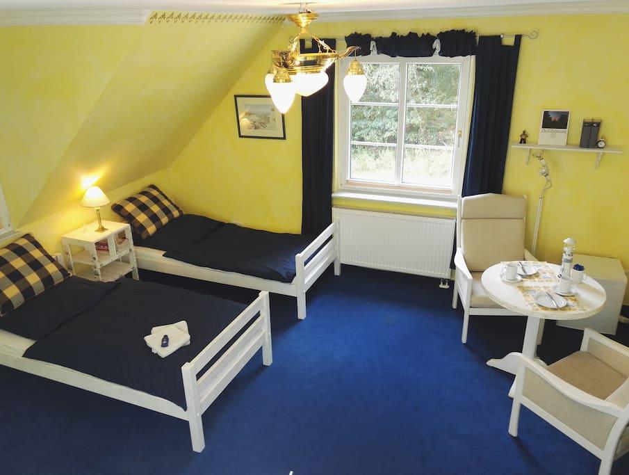 entspannung am rande der gro stadt hamburg bed and. Black Bedroom Furniture Sets. Home Design Ideas