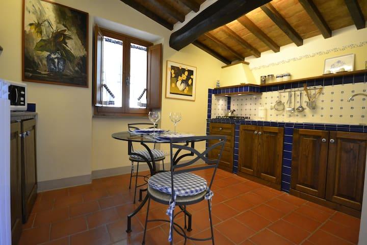Lovely Apartment Valentino near Cortona