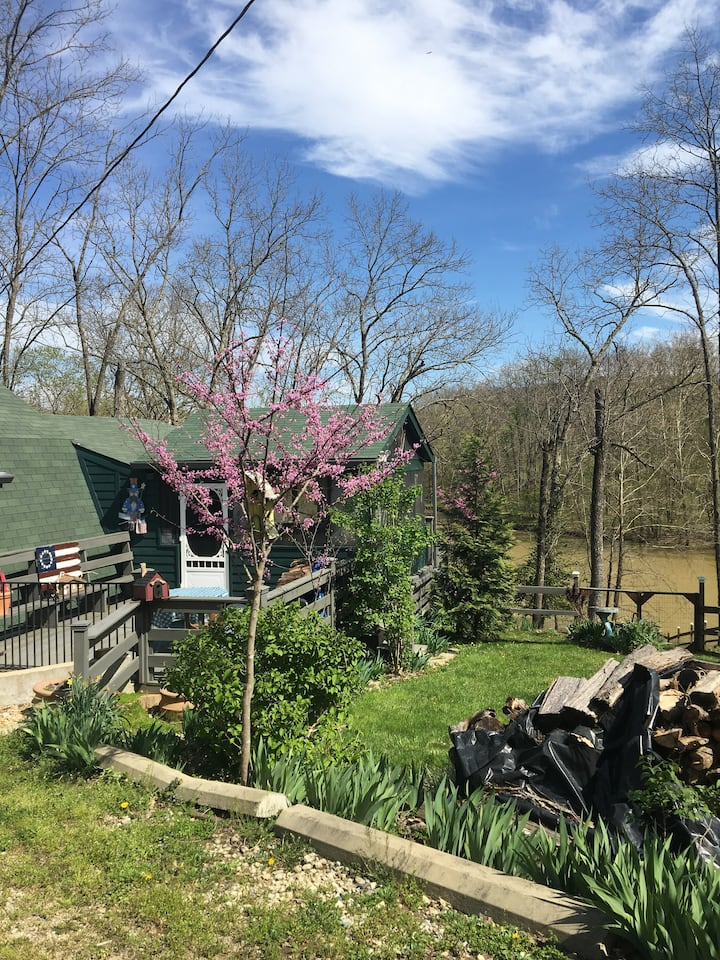 Shady Creek Cottage in Boone County KY