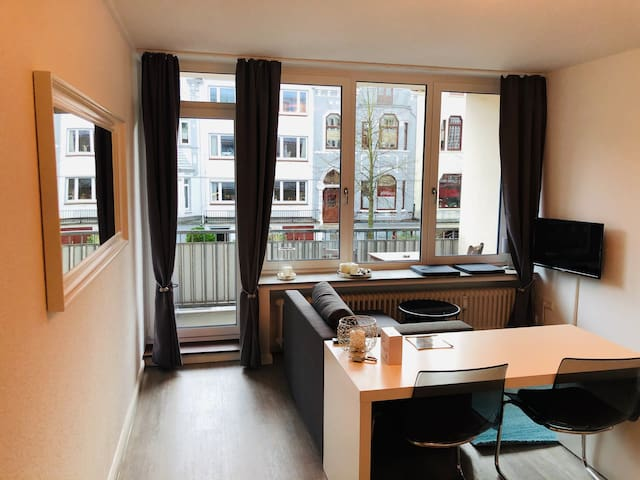 Business Apartment 35qm, Balkon, WLAN, Bürgerpark,