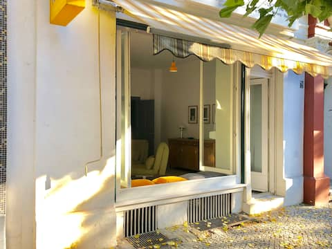 Central and beautiful store apartment in Kreuzberg