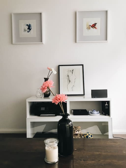 Artistic corner in the shared space