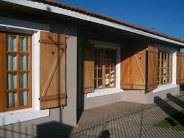 Casa amplia en Miramar para 7 personas - Miramar - Haus