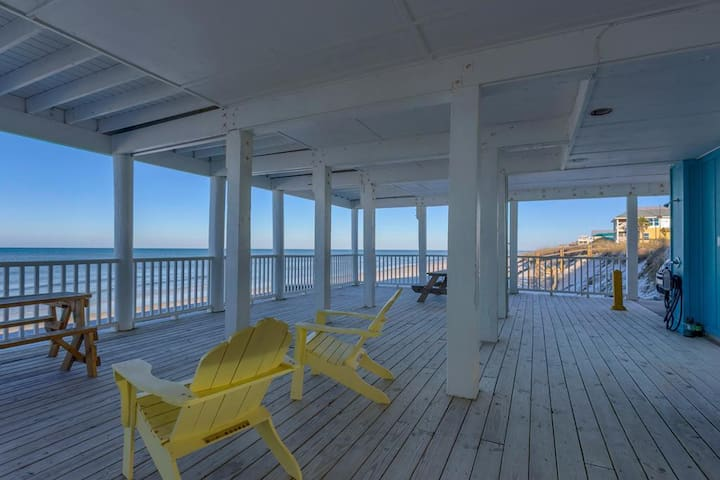 On Top Of The Beach, Screen Porch, Gulf & Bay Views, Pet Friendly ~ Robway Friendship