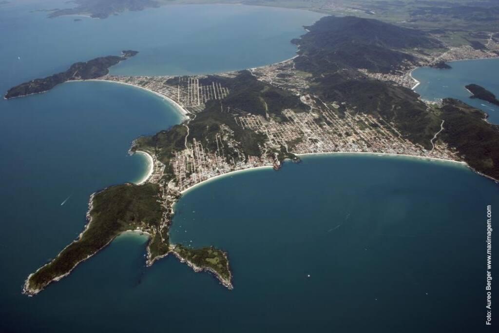 Vista aérea da Costa Esmeralda