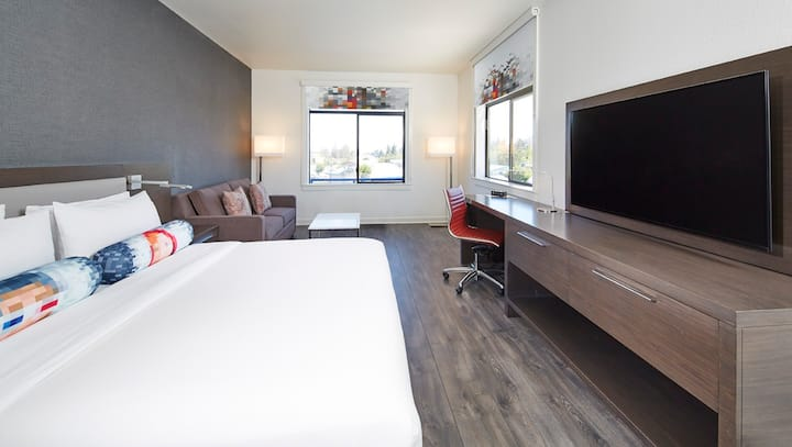Private, King Bed at Aloft San Jose Cupertino
