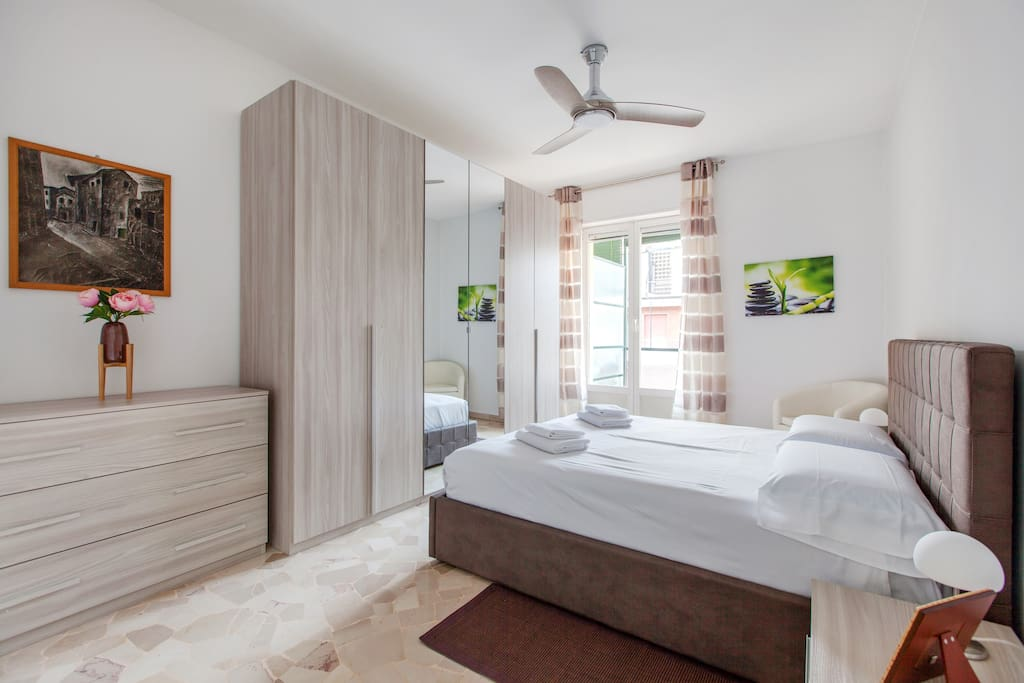 The bedroom: the bed-linen and towels & spacious wardrobe