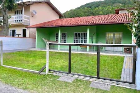 Casa na Praia dos Açores - Florianópolis