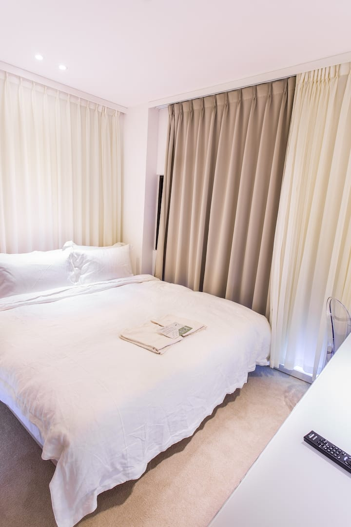 Luxury Double Room 奢華雙人房
