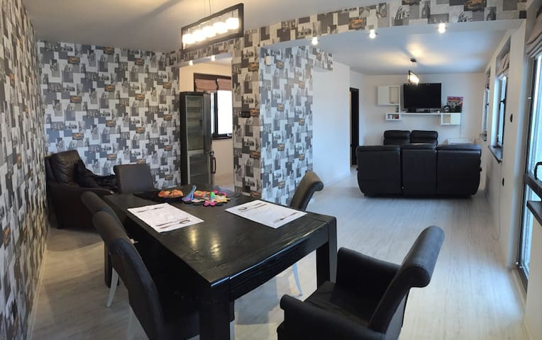 Large apartment in the ideal Center!
