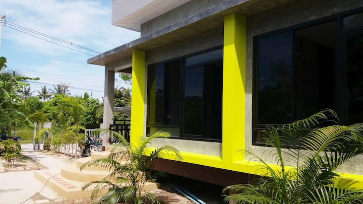 MN08: New 2 bedroom (AC) house near the SEA