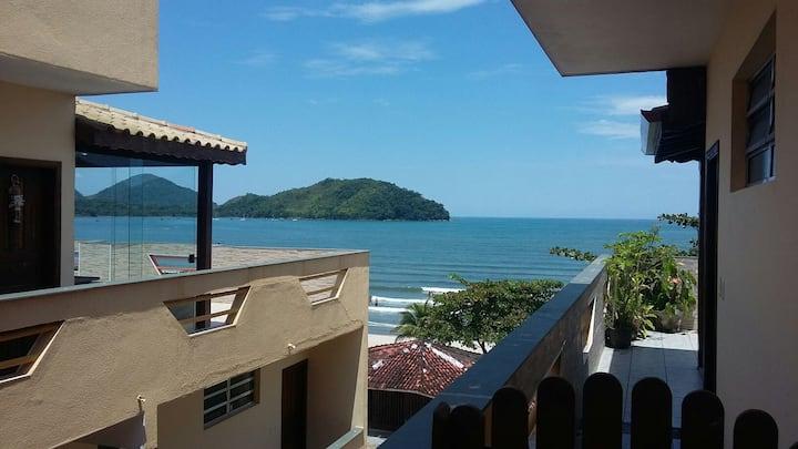 Apartamento frente a praia
