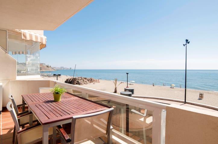 Espectacular piso 1ª línea de playa