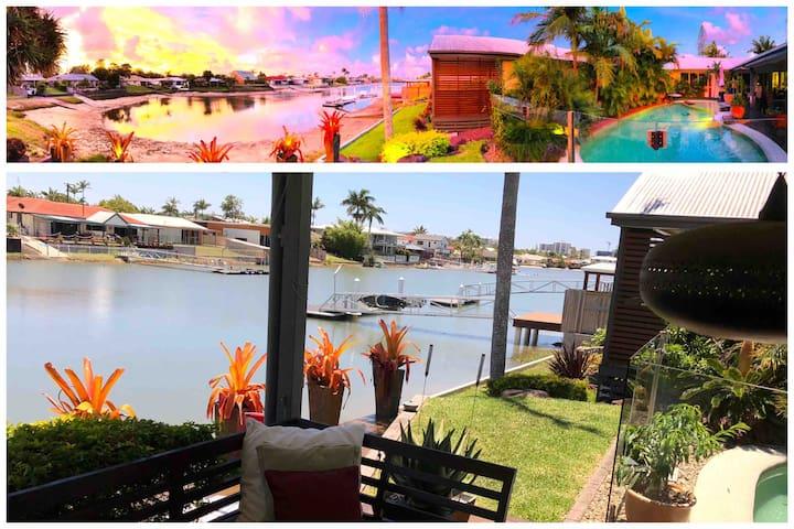 Mooloolaba Waterfront Home awaits..Sleeps 2-8