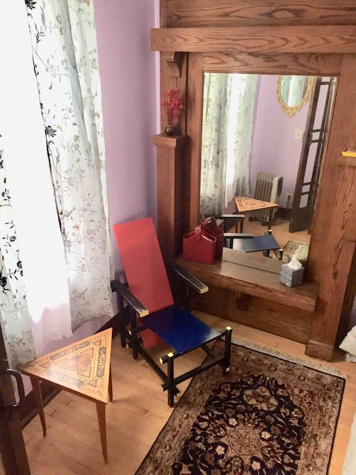 Private room with an antique mirror